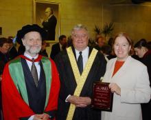 2004 MHFA Vice-Chancellor's Award for Community Outreach
